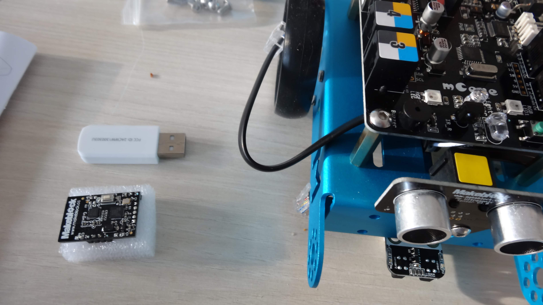 mbot-blue-un-robot-educatif-et-programmable-en-version-2-4-g-tres-interessant-legaragedupc-fr-34