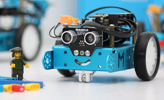 mbot-blue-educational-programmable-robot-24g-version-2-legaragedupc-fr