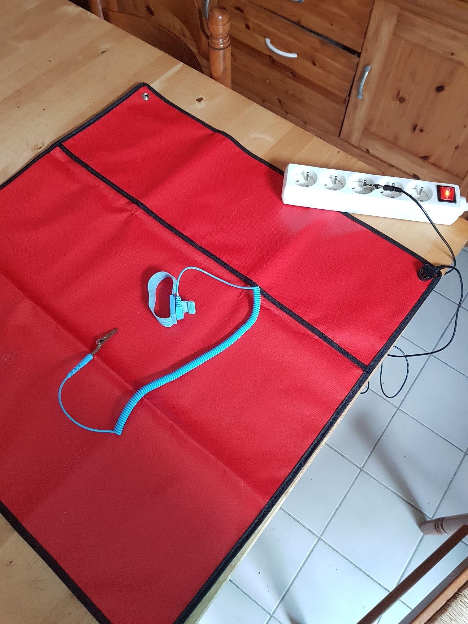 Diagnostic : un Portable Acer qui ne s'allume plus, par E-LEET.