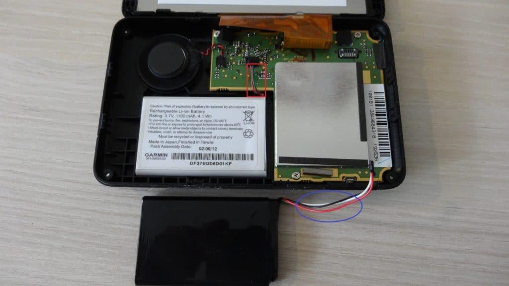 GPS portable : changez vous-même votre batterie démontage