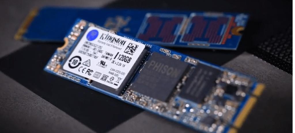Montage d'un disque SSD M.2 dans un portable ACER