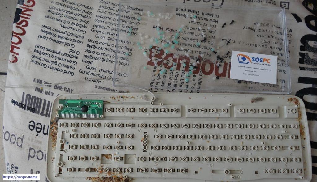 Votre clavier fonctionne mal ? Nettoyez-le ! sospc.name 6