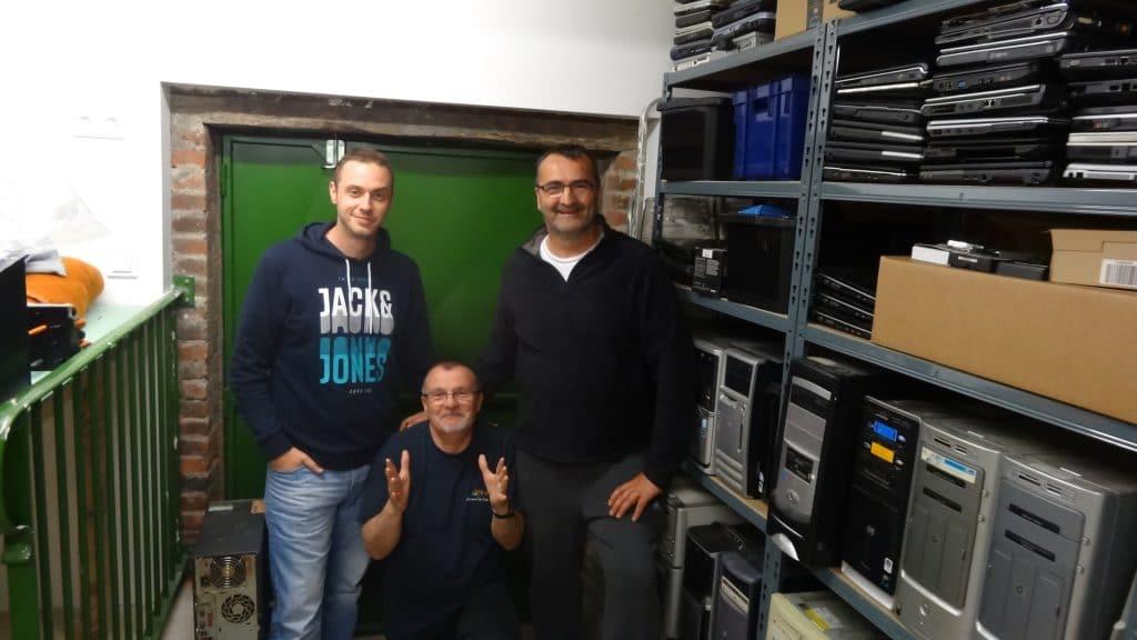 Rencontre en Auvergne avec des Contributeurs et un lecteur d'Sospc.name 14