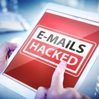 Boite mail piratée: ce qu'un pirate va en faire, par Azamos.