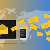 Se débarrasser du spam et du phishing grâce à 2 services en ligne, par Grey Cat.